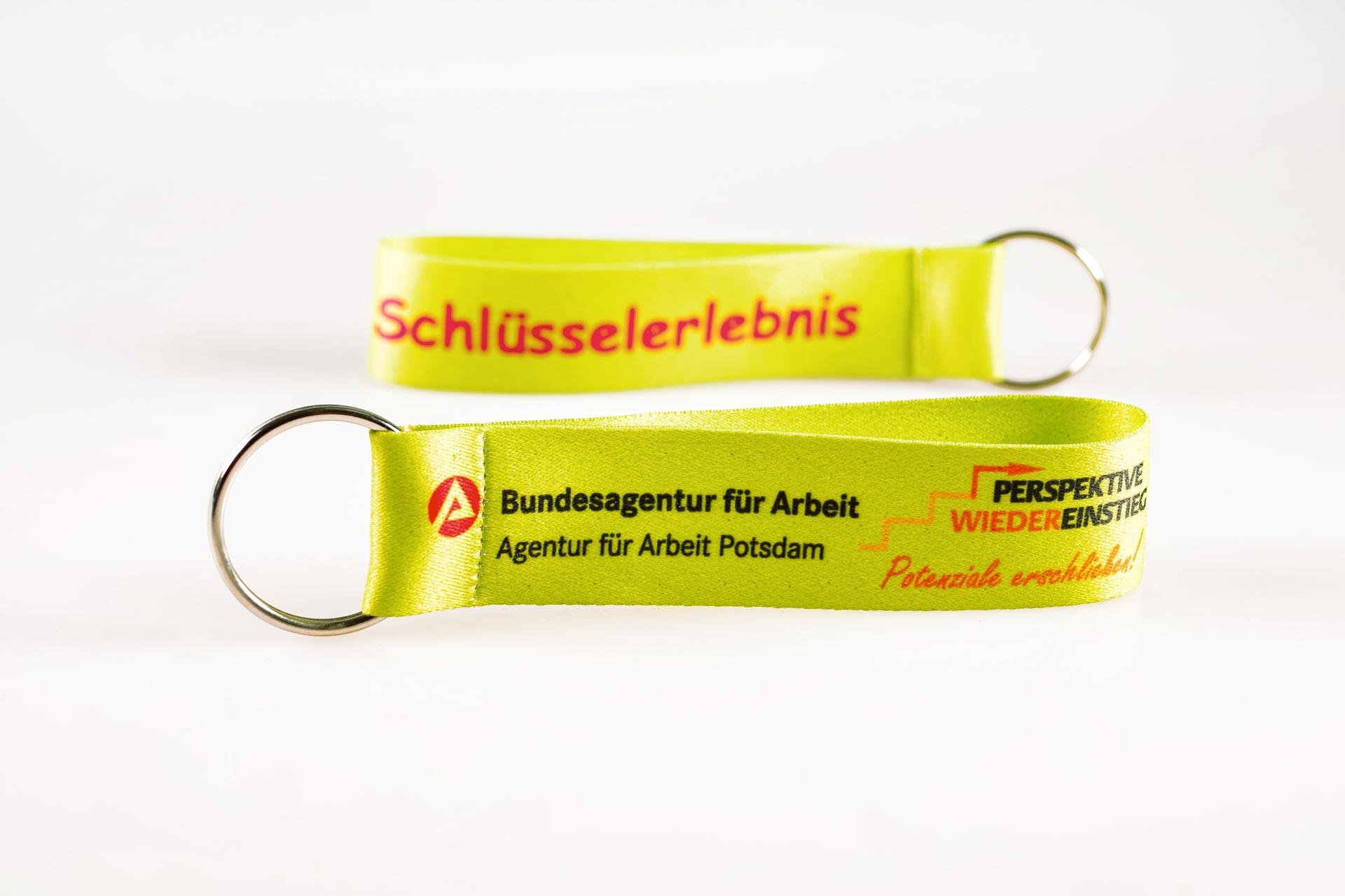 Schluesselanhaenger Bedrucken Logo Filz Alternative Shortstrap Guenstig Kaufen 25mm Buntdruck Satinband Hellgruen