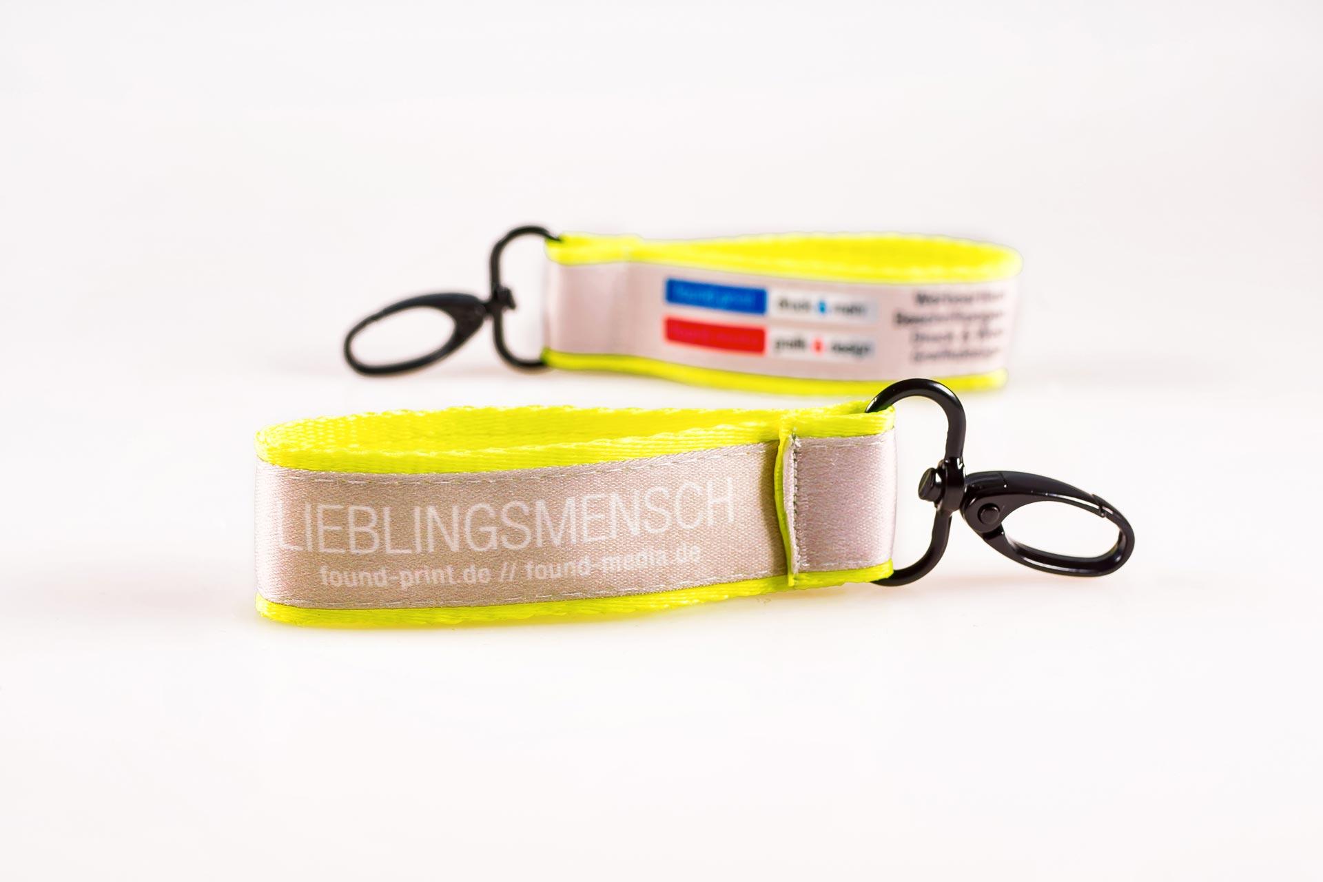 Schluesselanhaenger Bedrucken Logo Filz Alternative Shortstrap Guenstig Kaufen 25mm Doppelband Band Auf Band Satinband Neon Gelb